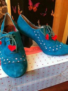 Poetic Licence by Irregular Choice UK 6 Vintage Retro shoe boots BNIB Christmas | eBay  - Sew small leather shapes onto the end of shoelaces!!