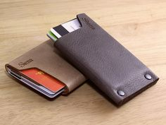 High quality vegetable tanned leather, simplified design, compact and different…