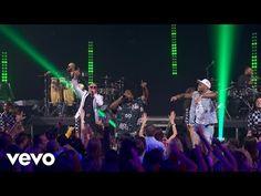 """Pitbull divulga clipe ao vivo de """"Greenlight"""" em parceria com Flo Rida #Clipe, #Lançamento, #Noticias, #Novo, #NovoSingle, #Pitbull, #Rapper, #Single, #Vídeo, #Youtube http://popzone.tv/2016/10/pitbull-divulga-clipe-ao-vivo-de-greenlight-em-parceria-com-flo-rida.html"""