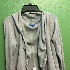 Simply Vera XL cardigan Excellent condition. Has draw strings to gather up to your liking. It's light grey and 100% cotton. It comes from a smoke free home.  Very nice!!!! Simply Vera Vera Wang Sweaters Cardigans