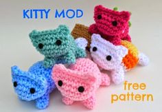 2000 Free Amigurumi Patterns: Kitty Mod Free Cat Amigurumi Pattern
