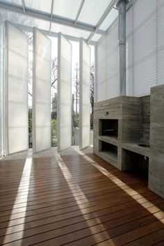 Vertical Sheds / Pivot Doors [Architecture - Interior - Modern Home] Architecture Design, Architecture Interiors, Pivot Doors, Sliding Doors, Deco Design, Windows And Doors, My Dream Home, Interior And Exterior, Wall Exterior