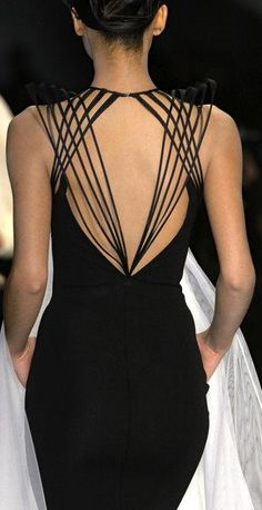 Mathtastic Web Fashion: Jean Paul Gaultier's Spring 2009 Couture is Geometric…