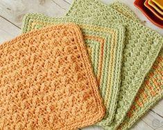 Simple Crochet Dishcloth Pattern | Etsy Easy Crochet, Modern Crochet, Learn To Crochet, Crochet Hooks, Half Double Crochet, Single Crochet, Crochet Waffle Stitch, Crochet Dishcloths, Star Stitch
