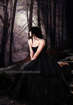 Fernanda Brussi: Digital Art and Photography Fantasy Magic, Gothic Fantasy Art, Dark Fantasy, Gothic Pictures, Gothic Images, Dark Beauty, Gothic Beauty, Vampires, Beautiful Dark Art