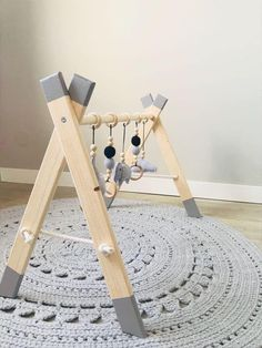 Babygym Twin handgemacht, # Baby Gym # handgemacht Best Picture For christmas aesthetic For Your Taste You are looking for something, and it is going to tell you exactly … Baby Bedroom, Baby Room Decor, Nursery Decor, Diy Baby Gym, Wood Baby Gym, Boy Room, Kids Room, Handmade Baby Gifts, Handmade Toys