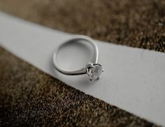 The important thing on any wedding is the couple's love for each other. Design Consultant, Silver Rings, Jewelry Design, Couple, Engagement Rings, Jewels, Wedding, Collection, Mariage