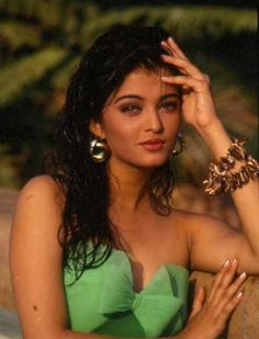 Aishwarya Rai& Rare Photoshoots For Local Ad Campaigns As An Aspiring Model Will Prove That Real Talent And Beauty Can Never Be Hidden From The World For Long Aishwarya Rai Images, Aishwarya Rai Photo, Actress Aishwarya Rai, Aishwarya Rai Bachchan, Bollywood Actress, Mangalore, Vintage Bollywood, Indian Bollywood, Miss World