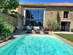 Mas de vacances avec piscine à Sainte Cécile les Vignes dans le Vaucluse | Coins Secrets. Vacation rental in Provence, France.