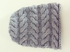 Cute cabled knitted beanie -