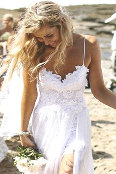 Unique and Chic Weddings : The Search For A Boho Wedding Dress ~ Grace Loves Lace