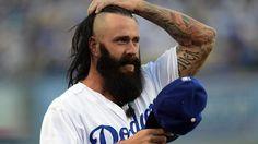 Men's ponytail haircut