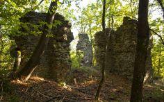 Povestea Cetăţii Aurite, o minunăţie inginerească a Evului Mediu. Zidurile străluceau doar încălzite de razele solare