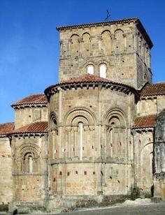 Ábsides de la Colegiata de Santa Juliana - Santillana del Mar, Cantabria  Spain