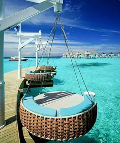 Hotels-live.com/pages/sejours-pas-chers - Tag Who You'd Be With Photo by @centaragrandislandmaldives #awesomedreamplaces Hotels-live.com via https://www.instagram.com/p/BEBa5SmlNhS/