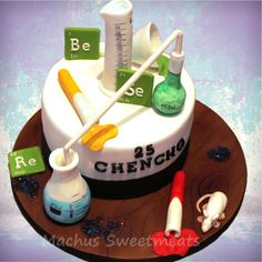 Cake of chemistry, modeling in fondant, three chocolate flavor. Fondant Cupcakes, Cupcake Cakes, Chemistry Cake, Birthday Cake For Brother, Science Cake, Doctor Cake, Chocolates, Mad Scientist Party, Teen Cakes