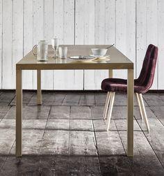 Smukt spisebord i messing fra Nordal, - Stort udvalg i borde