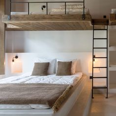 Hotspot: Zalig in Antwerpen Dé bohemian hideaway middenin het bruisende An Bunk Bed Rooms, Bunk Beds Built In, Diy Bedroom Decor For Teens, Home Decor Bedroom, Home Room Design, House Design, Deco Studio, Happy New Home, Bunk Bed Designs