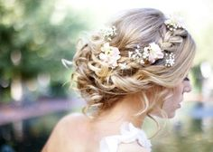 romantic plaited hairstyles for wedding hair accessories with flower-casual hairstyle - Best Kids Hairstyles - frisuren haare hair hair long hair short Plaits Hairstyles, Romantic Hairstyles, Casual Hairstyles, Wedding Hairstyles For Long Hair, Wedding Hair And Makeup, Wedding Hair Accessories, Pretty Hairstyles, Hair Wedding, Hairstyle Ideas