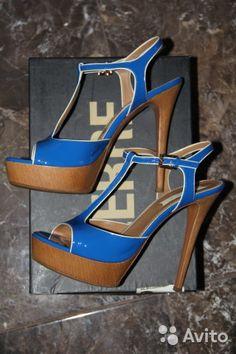 a654f56b3e17 Лучших изображений доски «Shoes»  241   Shoes sandals, Women sandals ...