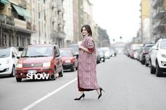 @EtroOfficial  Steet Style Fall 15 See More http://www.showbit.com/httpdocs/etro-street-style-fall-15/ #etro #FW15 #streetstyle #showbitcom #MFW #fashionweek #mfw2015