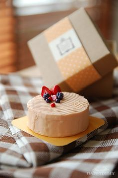Sweets Miniature - Mousse Cake with box   by aya&ume