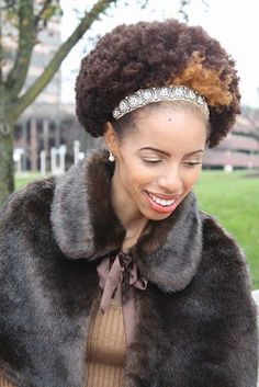 Click the image for LaQuisha's natural hair photos and regimen