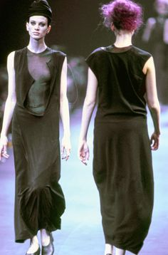 Comme des Garçons Fall 1992 Ready-to-Wear Fashion Show - Kristen McMenamy