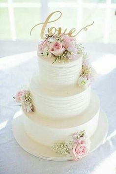 Rustic Wedding White, pink and gold wedding cake idea - three-tier white wedding cake with pink roses + gold LOVE modern calligraphy cake topper {Willow Noavi Photography} Our Wedding, Dream Wedding, Trendy Wedding, Cake Wedding, Wedding Ideas, Wedding Cake With Topper, Three Teir Wedding Cake, White Wedding Cakes, Wedding Venues