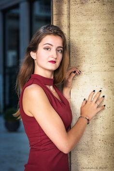 Modèle : Aude R. Modèle  #model #girl #paris #placevendome #reddress #beauty #hair #woman #color #nikonfr #nikon Ukraine Girls, Girl Pictures, Nikon, White Dress, Paris, Woman, Model, Photography, Beauty