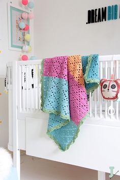 "Filet crochet baby blanket ""Sicily"" --> 20% SALE <--"