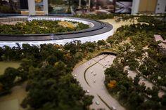 Model of Apple UFO HQ