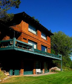 Hemmingway's House in Ketchum, Idaho by Jake Putnam Ernest Hemingway House, Ketchum Idaho, Literary Travel, Nobel Prize In Literature, Heart Failure, Writers And Poets, Oak Park, Sun Valley, American Literature