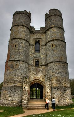 Donnington Castle, England. More photos here: http://www.theroadtoanywhere.com/donnington-castle-england/