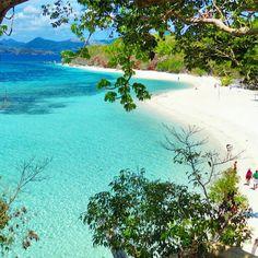"""Malcapuya Island - Coron, Palawan, Philippines. Photo by @pinaywanderwoman --- #coron #palawan #philippines"""