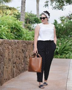 A black and white ensemble from my recent vacation today on GWC with @OldNavy - link in bio. #sponsored #sayhi #OldNavyStyle