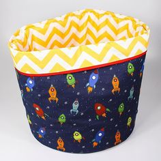 Big cesto para guardar brinquedos e decorar o quarto   As informações completas sobre esse produto você encontra em nosso site (pilulito.com.br) na categoria 'outros' (menu 'cestos para brinquedos').