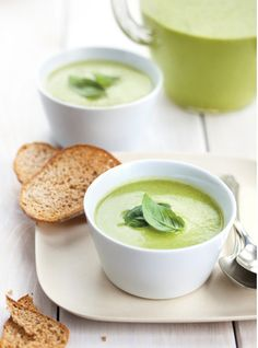 Ricardo& recipes : Zucchini and Basil Vichyssoise Microwave Recipes, Clean Recipes, Real Food Recipes, Soup Recipes, Cooking Recipes, Yummy Food, Delicious Recipes, Recipies, Gazpacho