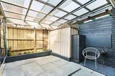 Quiet cul-de-sac location and only a short walk to Highpoint Shopping Centre, this secluded townhouse has plenty to offer first-home buyers or investo First Home Buyer, U Shaped Kitchen, Double Bedroom, Townhouse, 18th, Garage Doors, Outdoor Decor, Home Decor, U Shape Kitchen