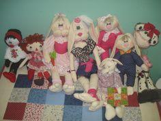 Bonecas, coelhos...