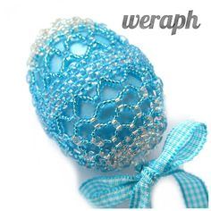 Blue beaded egg Easter Projects, Easter Crafts, Christmas Crafts, Christmas Ornaments, Beaded Ornament Covers, Beaded Ornaments, Baubles And Beads, Beaded Crafts, Easter Crochet