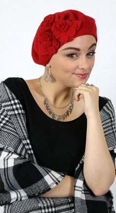 Did someone say Christmas party  Gorgeous flower detailed red beret! Soft  wool is comfortable 5491e2ad478