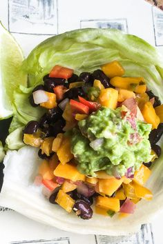 Enjoy a tasty meatless Monday meal any day of the week, when you make this low-carb vegan black bean lettuce wrap recipe that is bursting with fresh flavor. Fresh Guacamole, Homemade Guacamole, Vegetarian Recipes, Healthy Recipes, Spicy Recipes, Delicious Recipes, Easy Recipes, 4 Ingredients