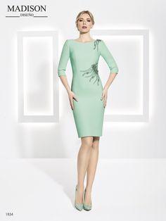 3598e6f02 Si buscas una opción sencilla y a la vez sofisticada has encontrado tu  diseño!  vestidodefiesta