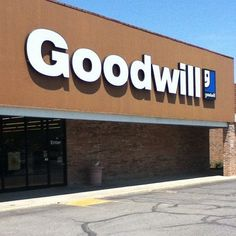 Shopping Saturdays: Goodwill - Snail Pace Transformations