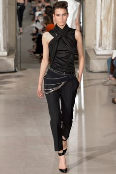 Bouchra Jarrar Fall 2013 Couture Fashion Show Couture Fashion, Runway Fashion, Fashion Show, Womens Fashion, Fashion Design, Fashion Goth, Fasion, Fall Fashion, Divergent Outfits