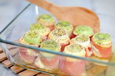 Ham and cheese leek rolls Tapas, I Love Food, Good Food, Yummy Food, Oven Dishes, Food Dishes, Healthy Snacks, Healthy Recipes, Go For It