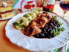 Panvicové morčacie výpečky s omáčkou z čiernych ríbezlí (fotorecept) - Recept French Toast, Chicken, Breakfast, Foodies, Morning Coffee, Cubs
