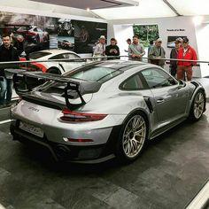 Porsche GT2 RS  Z_litwhips