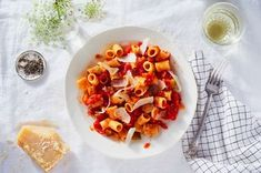 Marcella Hazan's famous Tomato Sauce with Sautéed Vegetables and Olive Oil can be used for so many things—to make tomato rice, to serve over shrimp with feta and olives. Use 1 pound pasta. Healthy Foods To Eat, Healthy Eating, Healthy Recipes, Lunch Recipes, Marcella Hazan Tomato Sauce, Butter Recipe, Oil Recipe, Sauteed Vegetables, Italian Dishes